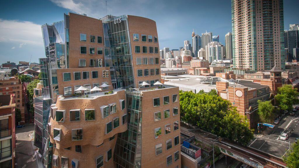 Dr. Chau Chak Wing Building